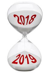 In der Sanduhr verrinnt das Jahr 2018 zu 2019