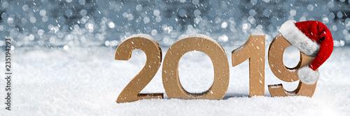 2019 jahreszahl im schnee weihnachten silvester neujahr. Black Bedroom Furniture Sets. Home Design Ideas