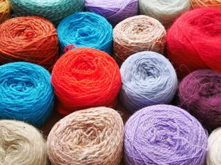 pelotes laine multicouleur