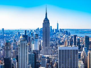 エンパイア・ステート・ビルとマンハッタンの町並み
