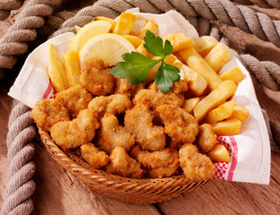 BASKET OF SCAMPI AND CHIPS