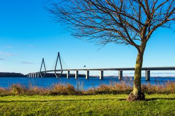 Eine Brücke zwischen Seeland und Falster in Dänemark