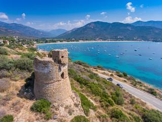 Genueserturm bei Sagone an der Westküste der Insel Korsika