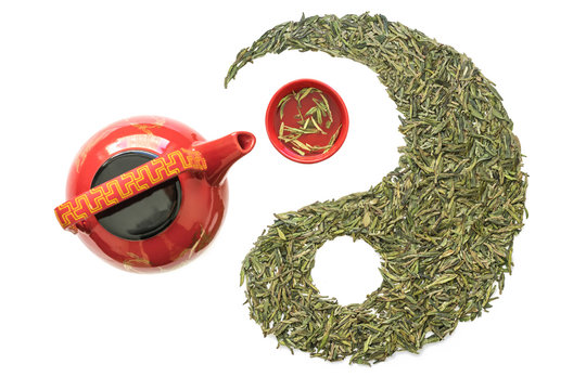 Longjing Tea and Teacup Teapot in Taiji Figure