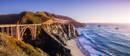Panoramic view of Bixby Creek Bridge and the dramatic Pacific Ocean coastline, Big Sur, California Wall mural