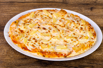 Pineapple pizza with cheese