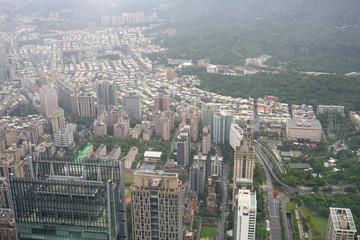 台湾・街並み・ビル群・雲・空
