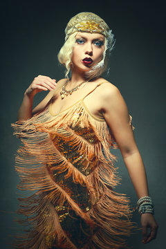 flapper woman dancing