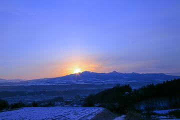 冬の赤城山の日の出