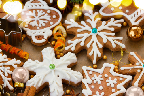 christmas gingerbread cookies with christmas decorations - christmas food background