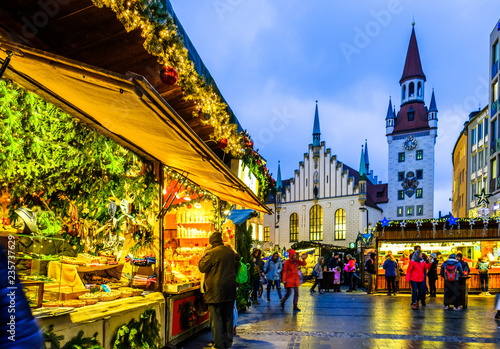 Munich Germany Christmas.Christmas Market In Munich Germany Stock Photo And