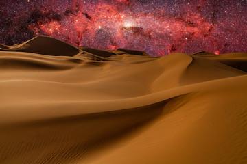 Photo sur Plexiglas Secheresse Amazing views of the Sahara desert under the night starry sky.