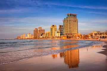 Fototapete - Tel Aviv Skyline. Cityscape image of Tel Aviv, Israel during sunset.