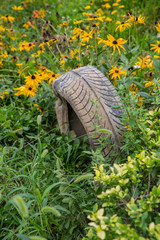 Flowers of the waste tires