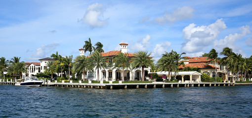 Large and luxurious waterfront home on the Intracoastal Waterway in Fort Lauderdale, Florida, USA.