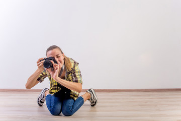 different photographer poses: bending, squatting, lying down