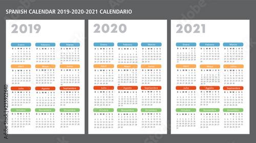 Calendario 2020 Gratis Con Foto.Spanish Calendar 2019 2020 2021 Vector Template Stock Image