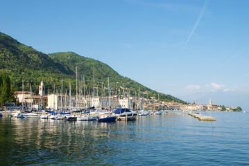 Porticciolo di Salò sul lago di Garda