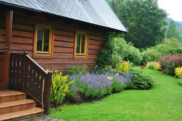 Fototapeta Dom w ogrodzie obraz