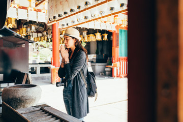 girl backpacker experience japanese culture