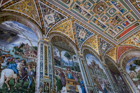 painted interior of the Piccolomini Library in Siena Cathedral