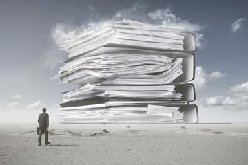 Ein Berg von Papierkram