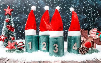 3 Advent Kerze Lichte Weihnachtsmütze Kerzen Panorama