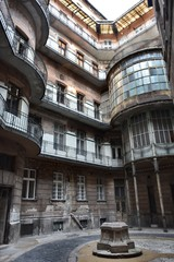 Spoed Foto op Canvas Milan Boedapest old building