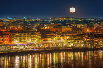 Full moon above Washington DC and potomac river, USA