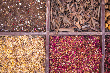 Fotobehang Kruiderij driend frankincense (boswellia serrata) and other spices being sold at a market