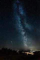 Milchstraße, Mars und Sternschnuppe über Windhaag bei Perg