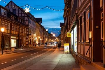 Innenstadt von Wernigerode ist weihnachtlich geschmückt