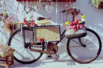 Altes Deko Fahrrad mit Schild