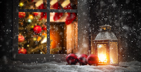 Photo sur Plexiglas Marron chocolat Christmas window sill and fireplace
