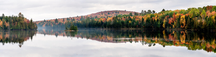 Autumn Lakeside, New York State