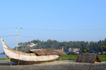 Papiers peints Pont Kovalam, Kerala, India - December 25, 2017: Morning view of Kovalam beach.