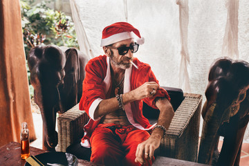 Bad Santa smoking