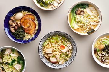 Different types of ramen in bowls.