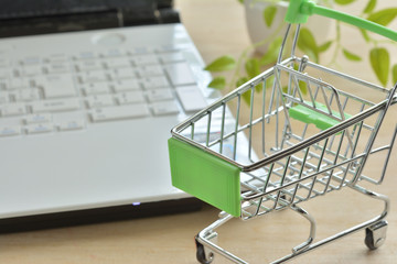 ネットショッピング イメージ
