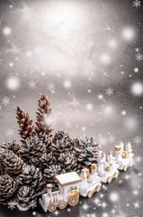 雪降る森へプレゼント列車