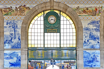 Railway station Sao Bento in Porto, Portugal
