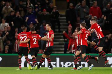 Premier League - Southampton v Manchester United