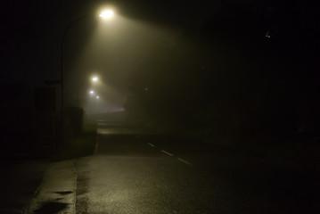 Nebel strasse nacht
