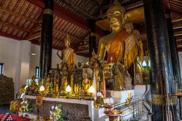 Laos - Luang Prabang - Wat Visounnarath