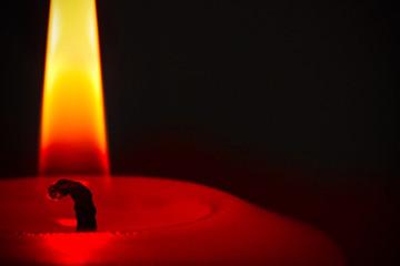 rote brennende Kerze Detail