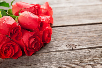 Valentines day greeting card with roses