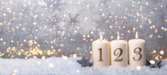 3.Advent Hintergrund Bokeh golden