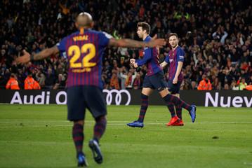 La Liga Santander - Barcelona v Villarreal