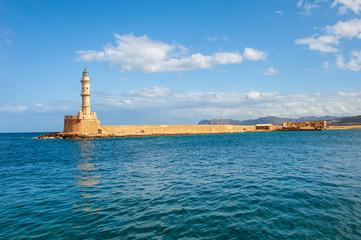 Die Hafeneinfahrt von Chania/Kreta