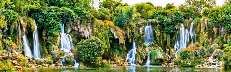 Photo sur Plexiglas Cascades Kravica waterfalls on the Trebizat River in Bosnia and Herzegovina